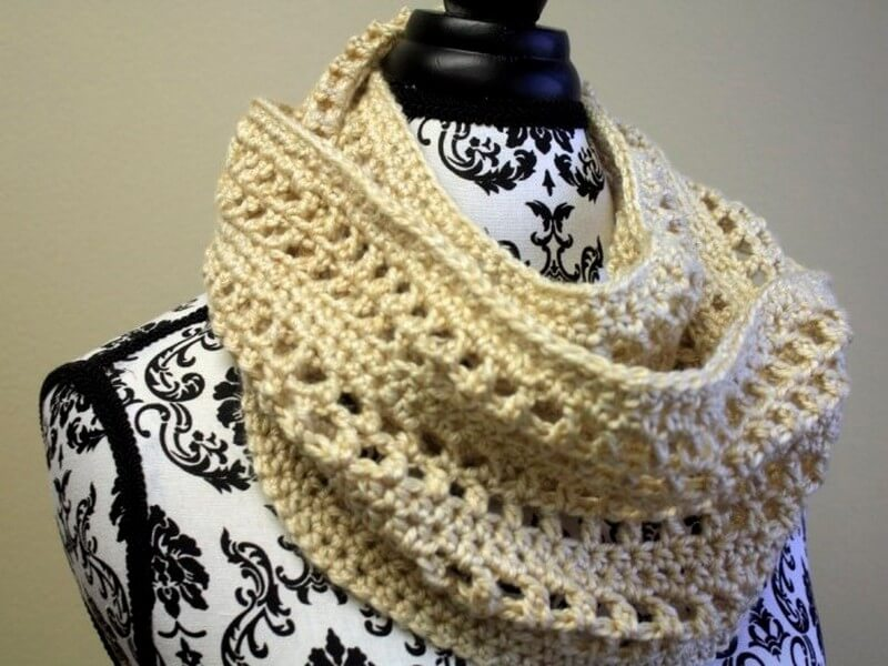 Easy Crochet Scarf Pattern (23)